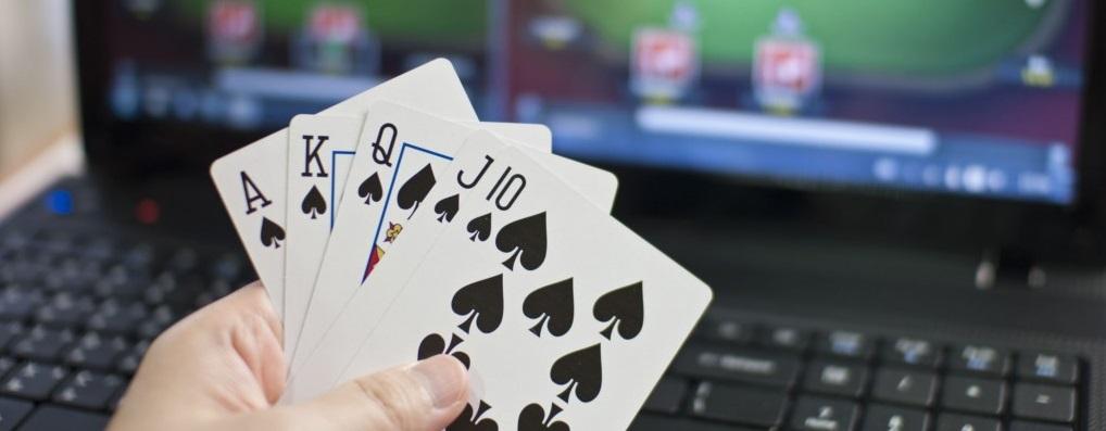 Poker Online Terpercaya Membagikan Hadiah Besar Bagi Semua Bettor